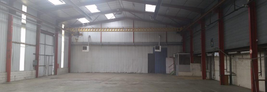 Local d'activité entrepôt Angers est