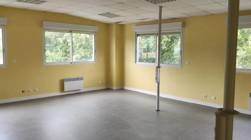 Local bureau Saint Barthélémy 112 m²